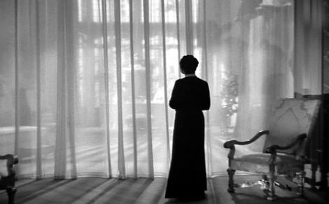 Mrs-Danvers-rebecca-1940-7006778-500-310
